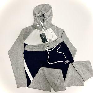Nike Tech Sweatsuit